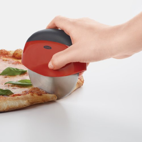 OXO Good Grips Clean Cut Pizza Wheel and Cutter