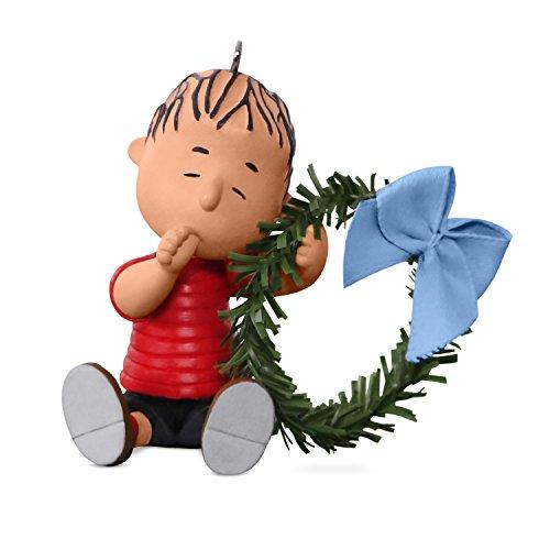 Hallmark Keepsake 2017 PEANUTS A Comfy Christmas for Linus Christmas Ornament