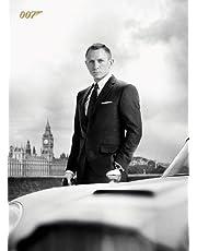 Ansichtkaart - James Bond - Bond & DB5 - Skyfall - 10 x 15cm - Piramide