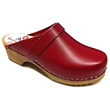 AM-Toffeln 100 Swedish Wooden Clogs in Red leather