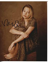 * MICHELLE WILLIAMS * gorgeous signed 8x10 photo / UACC Registered Dealer # 212