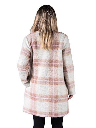 Emanuela . Mantel in Mischfaser aus Wolle und Mohair, quadratisch gemustert mit Taschen. Farben: Creme, Rosa und Pfirsich.