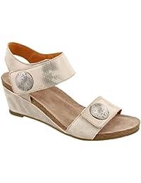 Women's Carousel 2 Silver Sandal 39 M EU/8-8.5 B(M) US