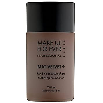 MAKE UP FOR EVER Mat Velvet Matifying Foundation No. 90 – Chocolate 1.01 oz