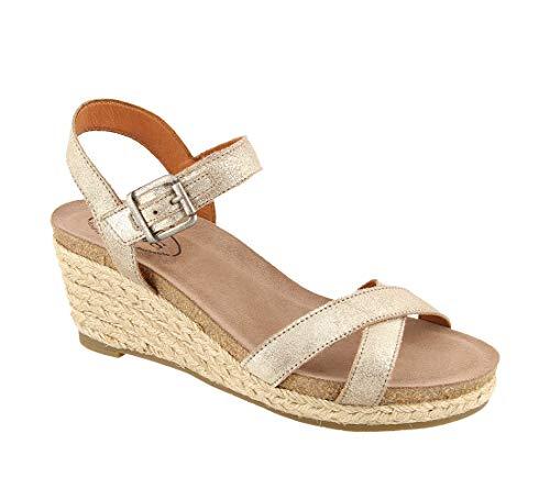 Taos Footwear Women's Hey Jute Stone Metallic Leather Sandal 9-9.5M US