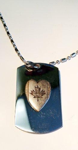 (Heart Canada Maple Leaf Flag Patriot Patriotic Pewter Emblem Logo Symbols - Military Dog Tag Luggage Tag Key Chain Metal Chain Necklace)