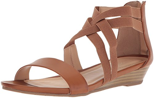 Kenneth Cole Reaction Womens Great Stretch Low Wedge Sandal  Cognac  8 5 M Us