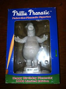 phillie-phanatic-paint-the-phanatic-figurine-2008-limited-edition-includes-paint-set