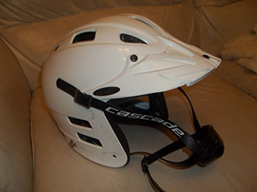 Cascade CLH2 Lacrosse Helmet - Size XS - adjustgable rear head strap - Very Good Condition
