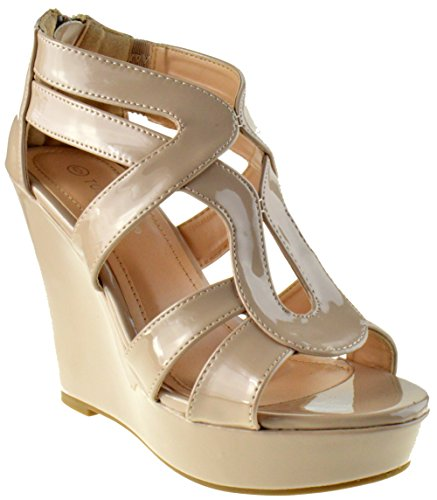 Lindy 3 Womens Strappy Platform Wedge Sandals Beige Patent 9 ()