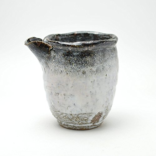 Japanese traditional ceramic Hagi ware.Shirohagi white lipped bowl made by Kiyoshi Yamato.