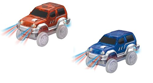 Super Snap Speedway - 2 Pack of electric cars with lights, compatible with bend and flex track sets - Super Track
