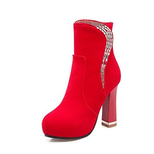 AllhqFashion Mujeres Puntera Redonda Tacón ancho Tachonado Cremallera Botas con Diamante Rojo