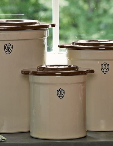 1-Gallon Stoneware Pickling Crock