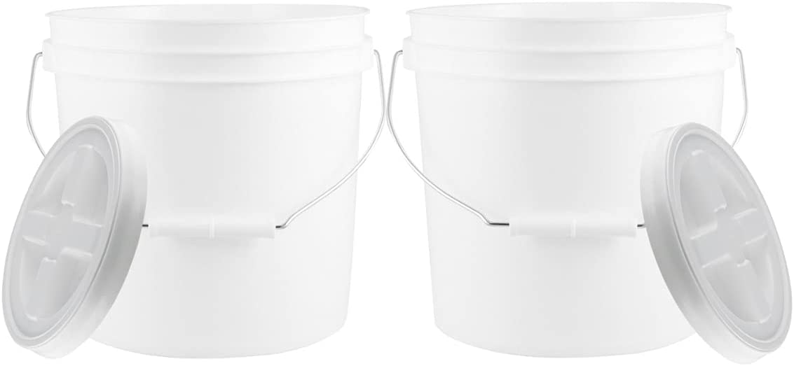 House Naturals 2 Gallon Food Grade BPA Free Bucket Container with Screw on Gamma Lid ( Pack of 2) Made in USA (White)