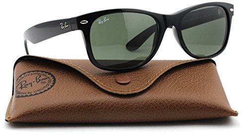 Ray-Ban RB2132 New Wayfarer Classic Unisex Sunglasses (Black Frame/Green Lens 901L, 55) ()