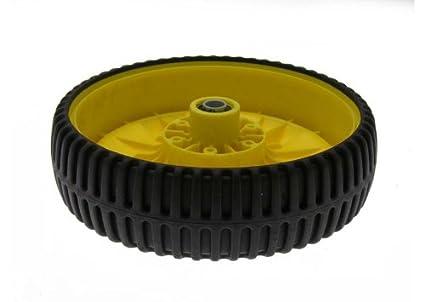 Amazon.com: John Deere OEM Rueda y neumático GY20630 para ...