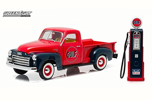 GreenLight 1950 GMC 150 Gulf Oil Truck with Vintage Gulf Gas Pump (1:18 Scale) Vehicle (Gas Oil Truck)