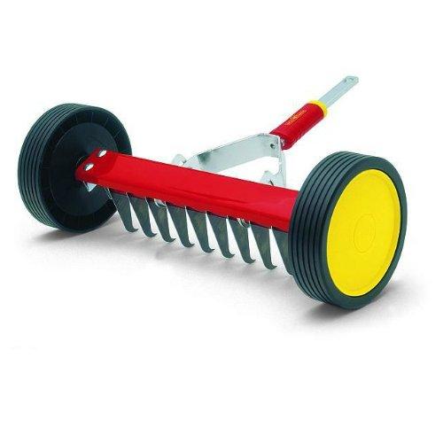 URM3 Scarifying roller rake by Wolf-Garten