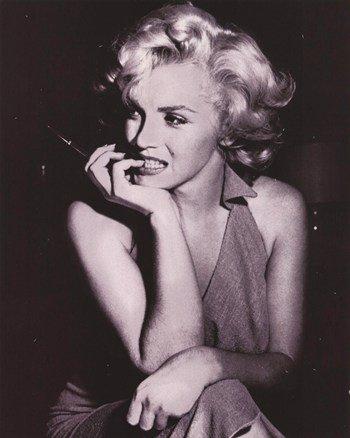 Marilyn Monroe - Dress - Poster
