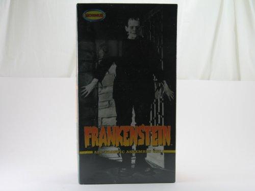 Moebius Universal Monsters Model Kit Boris Karloff as Fra...