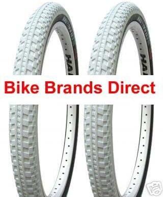 "White Halo Twin Rail Mountain Bike Tyre 26 X 2.2/"""