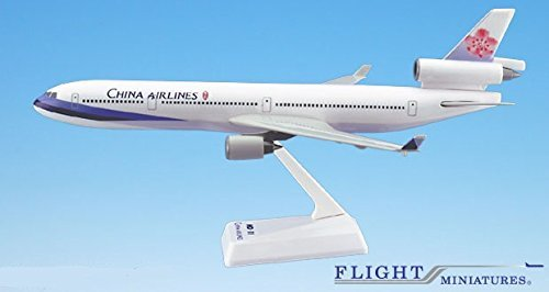 China Airlines MD-11 Airplane Miniature Model Plastic Snap-Fit 1:200 Part# AMD-01100H-023 ()