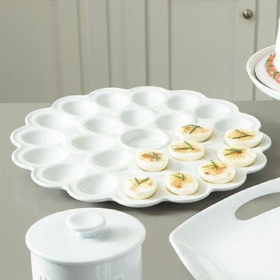 Everyday White by Fitz and Floyd Flower Egg Platter