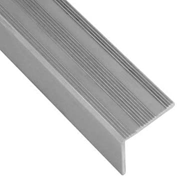 Perfil de borde de escalera de aluminio, color plateado, diseño de ranuras, 25 x 25 x 1350 mm, 1 unidad: Amazon.es: Bricolaje y herramientas