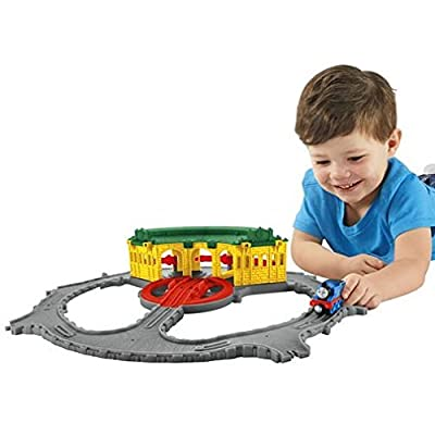 Fisher-Price Thomas & Friends Take-n-Play, Tidmouth Sheds Adventure Hub: Toys & Games