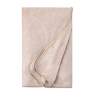 "UGG Women's Duffield Large Spa Throw, oatmeal heather, O/S - Super soft fleece pile lines the inside of this robe Extra long size 74"" x 94"" - blankets-throws, bedroom-sheets-comforters, bedroom - 41bjDu CrrL. SS400  -"