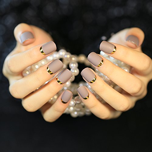 Sexy dark nail polish