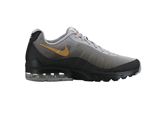 NIKE Women's Air Max Invigor Print Running Shoe Black/Metallic Gold 9.5