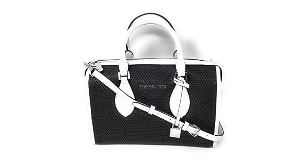 Amazon.com: Michael Kors Lacey - Bolso deportivo de piel ...