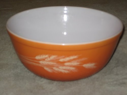 Vintage 1980's Pyrex AUTUMN HARVEST WHEAT Burnt Orange 2 1/2 Quart Batter Mixing Nesting ()