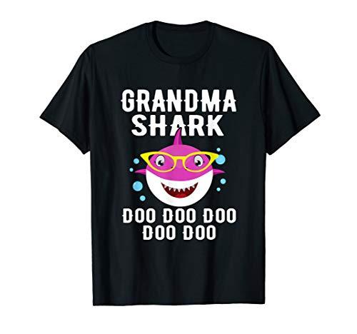 Grandma Shark T-Shirt Doo Doo Grandpa Mommy Daddy Tee T-Shirt - http://coolthings.us