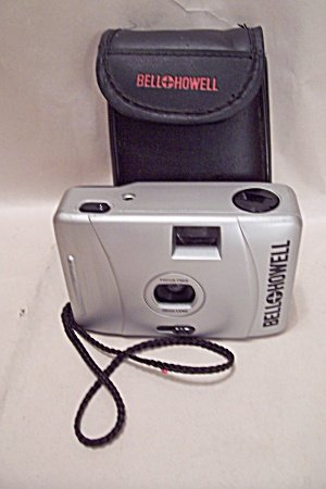 Bell and Howell 35mm Focus Free Camera with 28mm Lens Includes Case