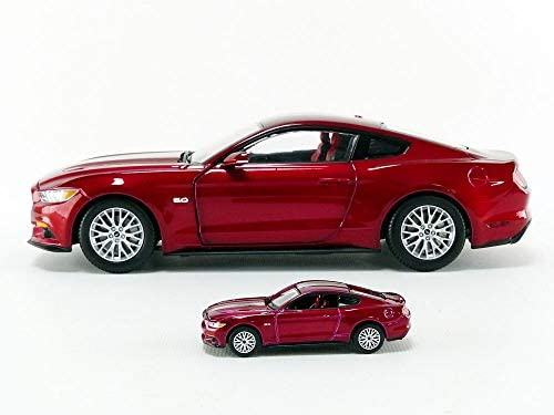 AUTO WORLD - Ford Mustang Gt - 2017 - Avec 1/64 - 1/18