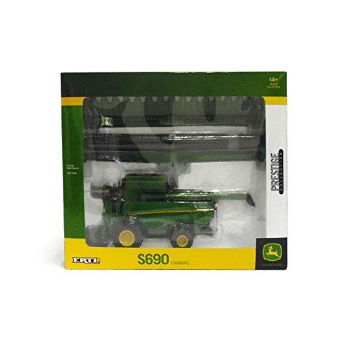 Ertl John Deere S690 Diecast Combine, 1:32-Scale