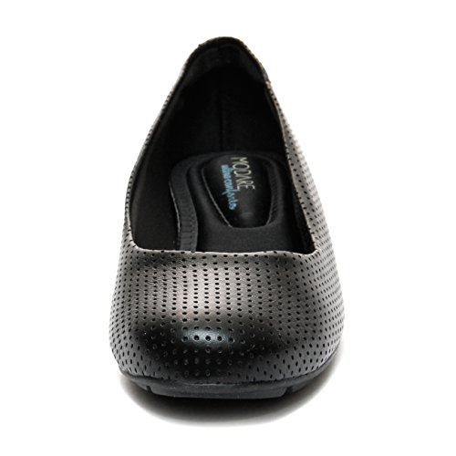 Piccadilly shoes belief is tradition and innovation designing comfortable shoes for women. The brand of 62 years is a world success offering supreme quality!