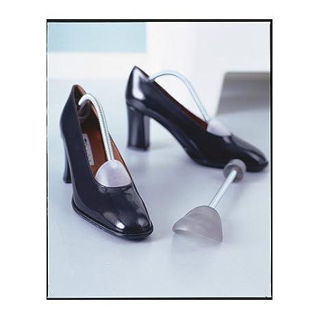 f18aff08ae9 Amazon.com  Men s Keep Shape Shoe Tree 2 pairs  Home   Kitchen