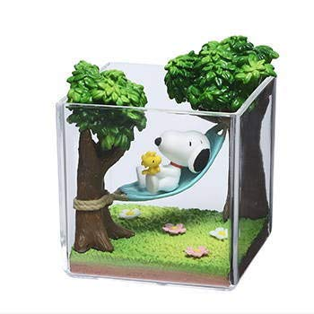 Re-Ment Snoopy & Woodstock Terrarium On Vacation 2. (Single)
