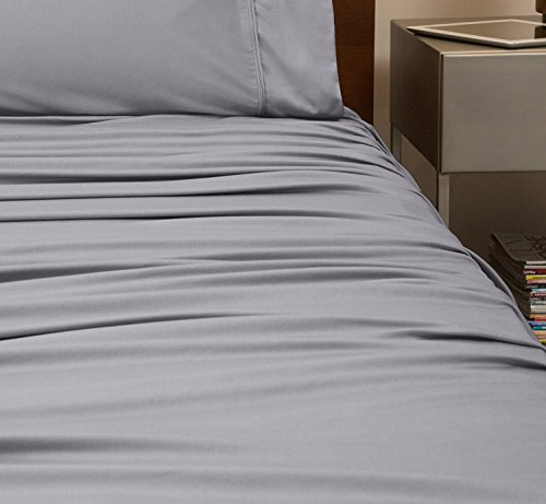 SHEEX - ORIGINAL PERFORMANCE Sheet Set with 2 Pillowcases, Ultra-Soft Fabric Transfers Body Heat and Breathes Better than Traditional Cotton, Graphite (Queen) by Sheex