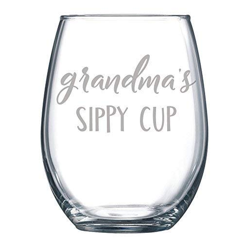 Grandma's Sippy Cup Funny Gift Laser Etched Wine Glass Cursive - 17 ()