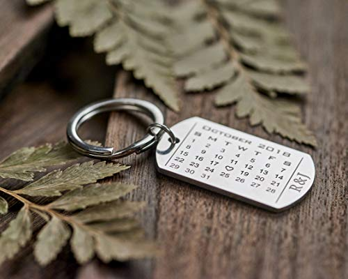 Custom Key Tags Engraved Keychain Calendar Keychain Anniversary Date  Keychain Gift for Couples