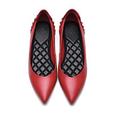 Cómodo y elegante soporte de zapatos de las mujeres pisos oficina y carrera vestido casual de vaca primavera verano otoño invierno caballo de otros. Soporte de talón rhinestone remaches negro rojo rojo