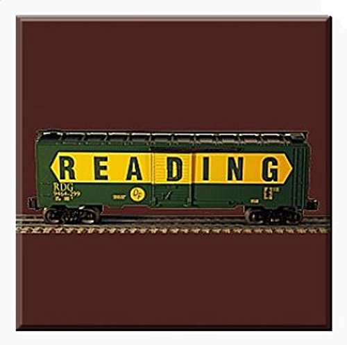 Lionel 6-29258 Reading large O scale boxcar - Outlet Pa Reading Stores
