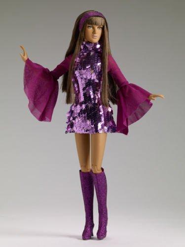 Mod Ava 16'' Robert Tonner Doll