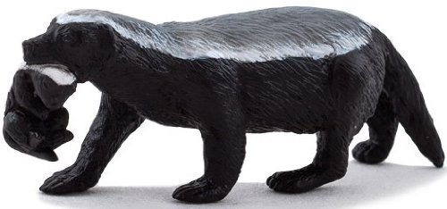 Mojo Fun 387153 Female Honey Badger with Cub - Realistic Wild Animal Toy Replica - New for 2013!