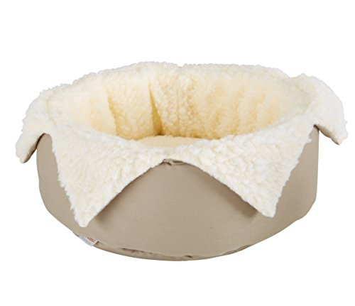 (Great State Pet Round Jester Bed for Pets, 15-Inch,)